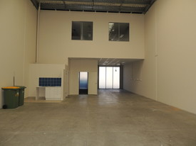 Fitted Office And Great Warehouse Space