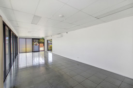 Most Affordable Retail/office/medical Suite For Lease On The Sunshine Coast