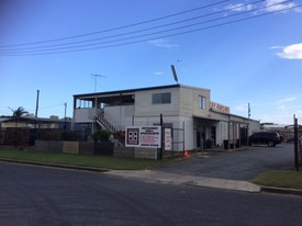 - Mackay Harbour - Multi Use Building - For Sale