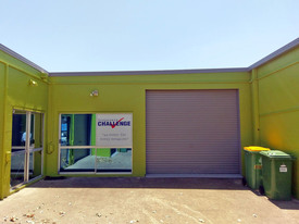 Immaculate Industrial / Storage Unit In Prime Location