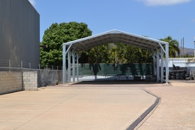 Hardstand Industrial Block With Accomodation - Aitkenvale, Townsville
