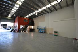 Immaculate Road Front Warehouse W/ Fully Fenced Private Courtyard
