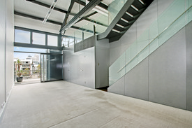 Immaculate Harbour View Office