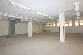 Upstairs Studio Space Available. Landlord wants YOU!!