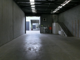 Highly Functional Warehouse In Popular Comples