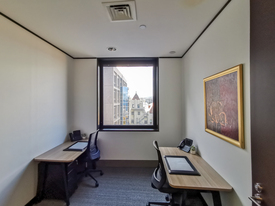 Modern 3-person office located in the heart of Hobart's Central Business District.