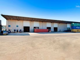 Warehouse And Office Space In Botany!