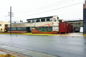Freestanding Warehouse With Secured Yard In The Heart Of Auburn !