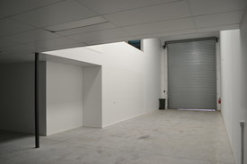 300m²* Quality Warehouse  Showroom / Office Space