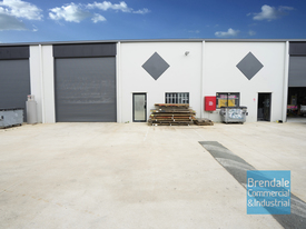 165m2 Modern Industrial Unit