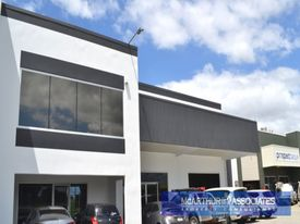 Showroom, Office & Warehouse Combo - Nundah Exposure!!
