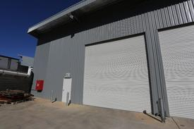 Clearspan Warehouse With Parking!