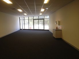 Modern Office Suite - Tuggerah Straight