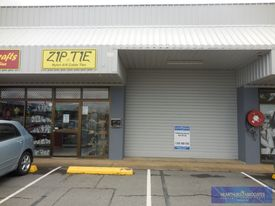 Retail Warehouse In The Heart Of Lawnton!