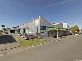 Fantastic Large Industrial Warehouse And Showroom In Rockhampton Cbd