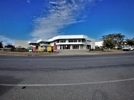 Fantastic Value! 472sqm* Office/ Warehouse