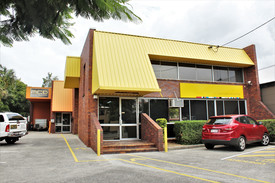 East Brisbane Office And Warehouse With Exposure