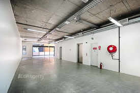 Creative Open Plan Office In Excellent Location