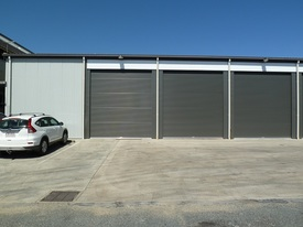 Industrial Shed 357 M2 In Gated Complex In Town - Large Parking Area To Suit Training Facility