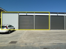 Industrial Shed 277 M2 In Gated Complex In Town - Large Parking Area To Suit Training Facility