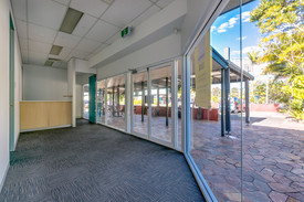 Professional Office Space In Thriving Centre