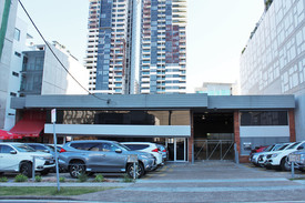 South Brisbane Office/warehouse With Generous Parking