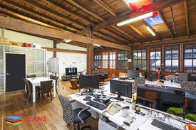 Office Space With Natural Light & Parking Space!