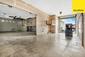 382sqm Warehouse  Office With Exposure