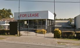 1 030 Sqm* Stand Alone Building With Unequaled Exposure Located On Pacific Highway