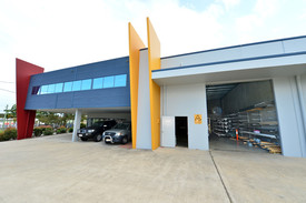 Quality Industrial Unit In Elevated Position