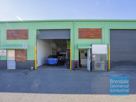 156m2 Classic Industrial Or Storage Unit