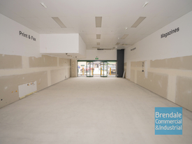 130m2 RETAIL SHOP, MEDICAL OR OFFICE