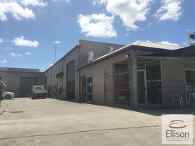 114 Sqm* Functional Unit With Excellent Office Fitout