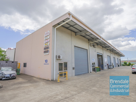 182m2 Air Conditioned Industrial Unit With Office