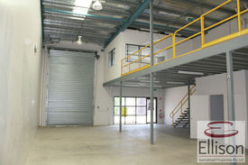 Attention Owner/operators - 248 Sqm* Industrial Unit In Loganholme