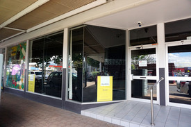 Established Commercial Space In Main Shopping Precinct