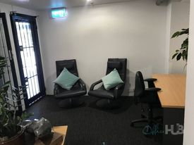 Central location  Free meeting rooms  Abundance of natural light
