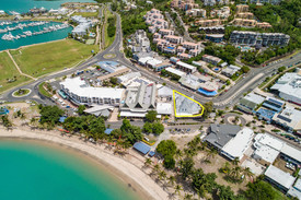 Rare Airlie Beach Main Street Opportunity