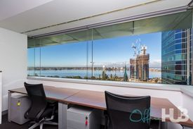 Fabulous views  Great location  Buzzy workspace
