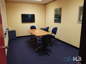Collaborative Space | Transport Close By | Quality Furnishings