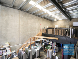 256m2 Industrial Unit With Office