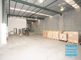 457m2 Industrial Unit With Office