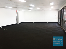 126m2 RETAIL, MEDICAL or OFFICE SUITE