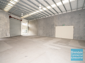 543m2 Classic Industrial Or Storage Unit