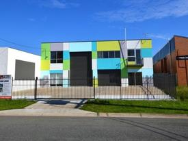 Contemporary Stand-alone Currumbin Building – A Must Inspect!