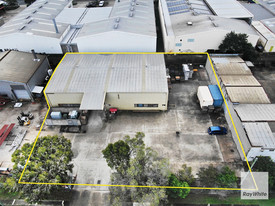 Freestanding Warehouse Opportunity With Hardstand
