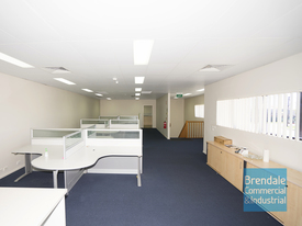 100m2 Modern Office Suite