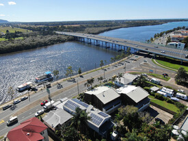 Quirky, Well Established, Waterfront Restaurant For SaleLease  Bradman Avenue, Maroochydore