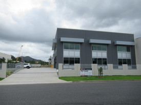 Prime Street Frontage Showroom/warehouse - 302.5m2