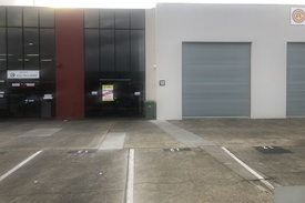 300m2 Industrial Warehouse (refurbished) Central Nerang